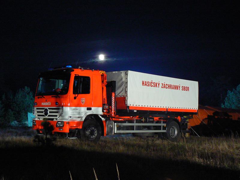 Csehek, tűzoltóautó, kurvahideg, Lengyelország